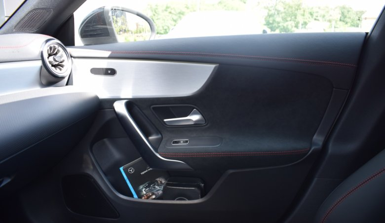 Mercedes-Benz CLA 200d