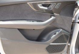 AUDI SQ8 stříbrná DSC_0546