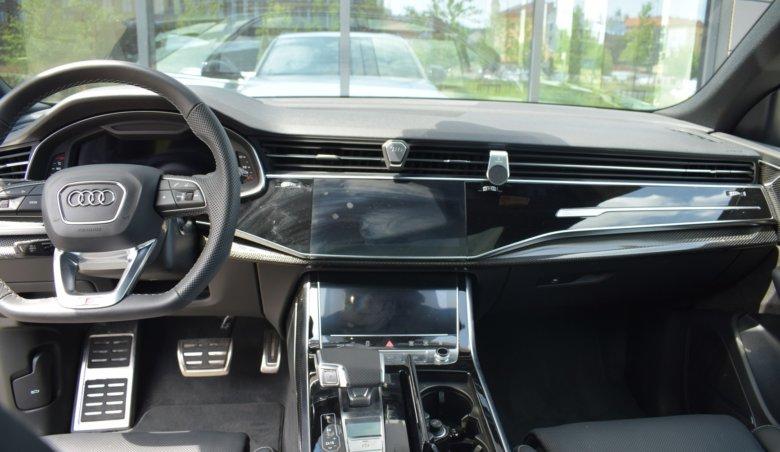 Audi SQ8/keyless/Head-up/quattro