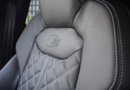 AUDI SQ8 stříbrná DSC_0572