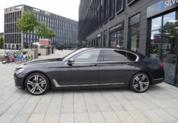 BMW 750 xdriveDSC_0033