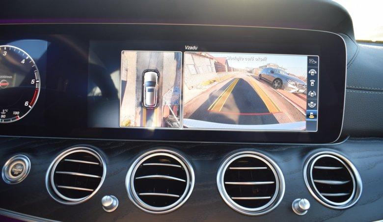 Mercedes Benz E220d kombi/AMG/Head-up/Panorama