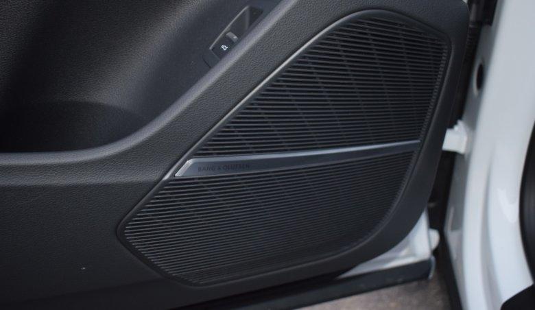 Audi Q8 50TDi/2xS-Line/Tažné/KeyLess