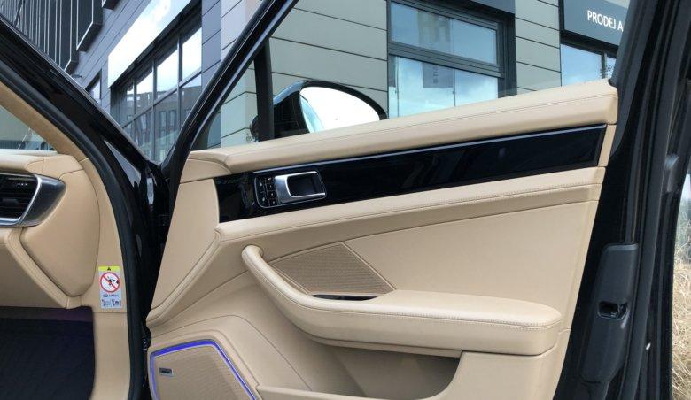 Porsche Panamera 4S Diesel S 4.0 V8/Distronic/KeyLessGo/Panorama/Bose