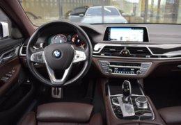 BMW 740d Xdrive-038
