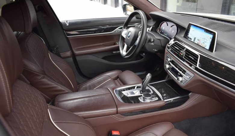 BMW 740 Xd/ HeadUp/ 360/ Harman/Kardon/ TOP výbava