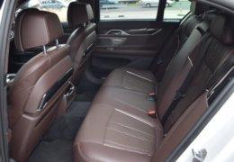 BMW 740d Xdrive-056
