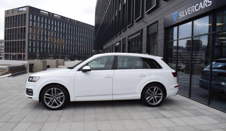 Audi Q7 50 Tdi 210kW/ New model/ 2xS-Line/ KeyLessGo/ SoftClose/ ACC/ BOSE