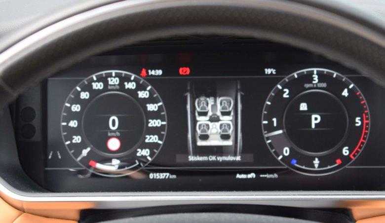 Land Rover Range Rover Sport HSE Dynamic 3.0 TDV6/ Keyless/ Panorama/ Meridian Soundsystem