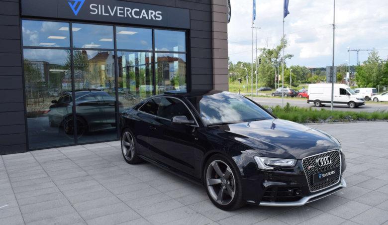 Audi RS5 V8 Distronic/ Keyless/ Bang-Olufsen