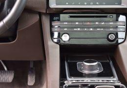 Jaguar F Pace-022