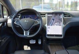 Tesla X P90D 0038