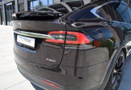 Tesla X P90D 0053