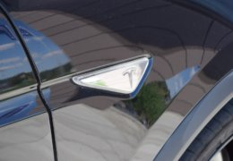 Tesla X P90D 0058