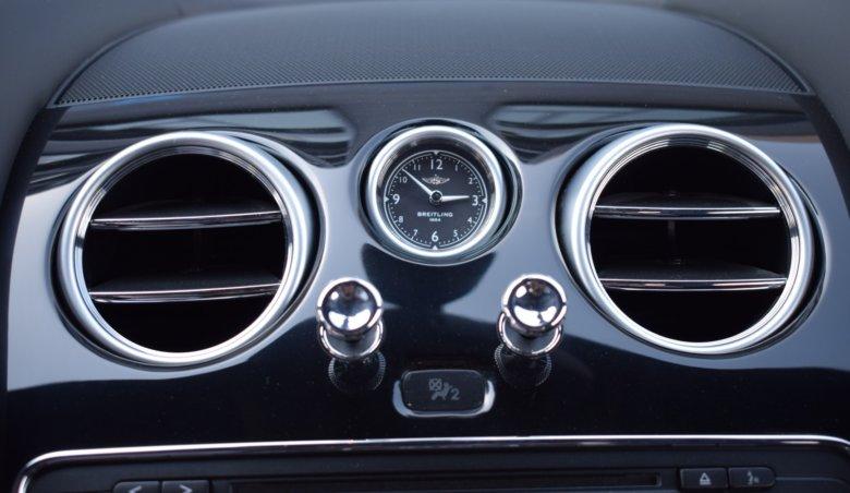 Bentley Continental GT V8/KeyLessGo/Kamera/Masáže/Kontrastní červené prošívání